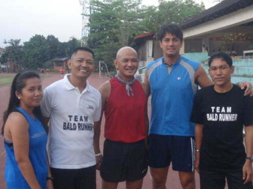 Richard Gomez & Team Bald Runner
