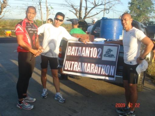 Camanava Runners--Jun Lapira, Jeff Abenina, & Bert Henson