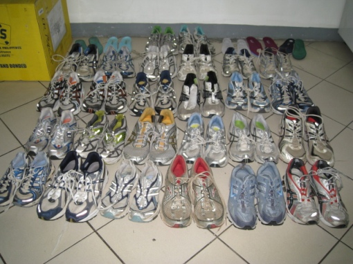 ASICS-18; Brooks-4; New Balance-2; Saucony-1; Nike-1