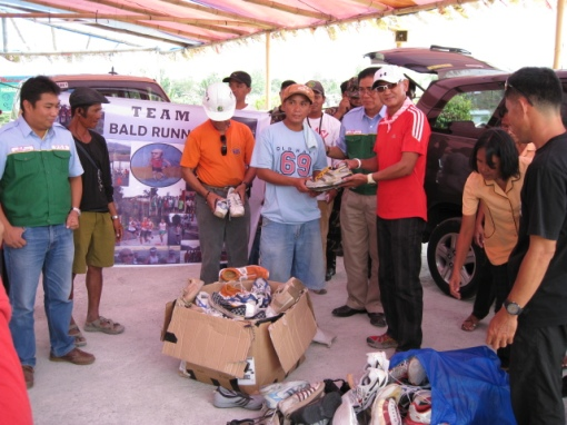 Sixty (60) Pairs of Shoes Were Given @ Payatas