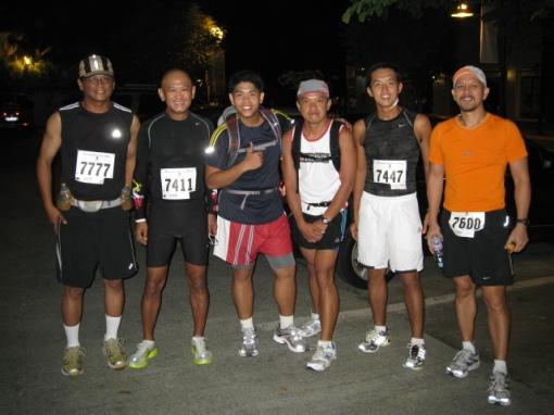 The Hardcore Runners-Team Bald Runner Before The Race