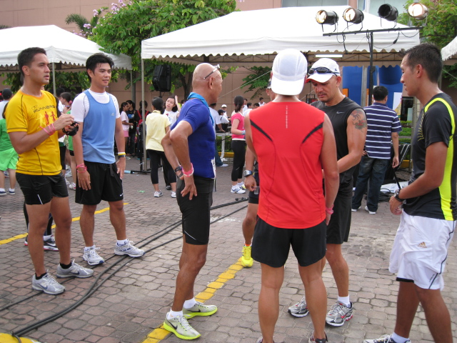 Comparing Finish Times With Team Bald Runner-Professional Group