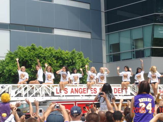 LA Lakers Dancers & Cheering Ladies (?)