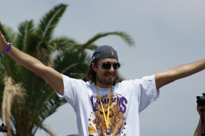 Pau Gasol @ 2009 LA Lakers Victory Parade (Photo Courtesy of Ben Gaetos)