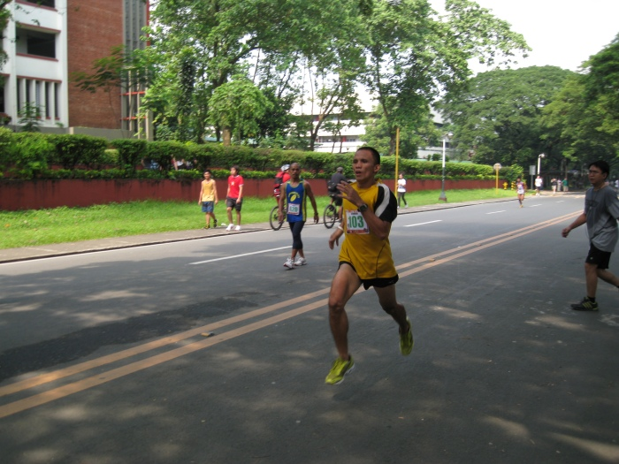 "The ""Flying"" Alquin Bolivar @ the 1-MILE Street Run"