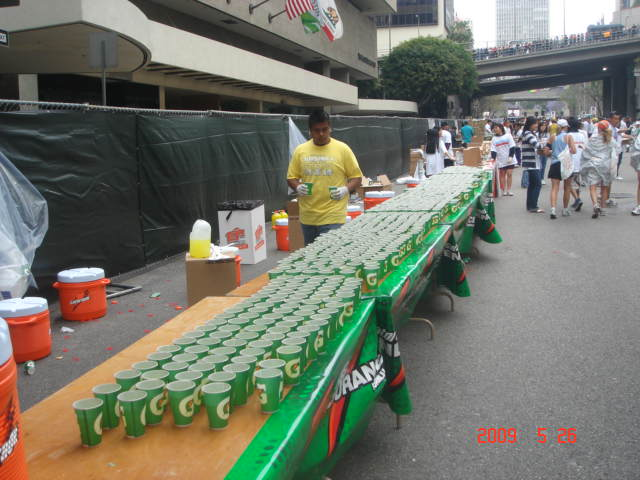 Water Station @ 2009 LA Marathon