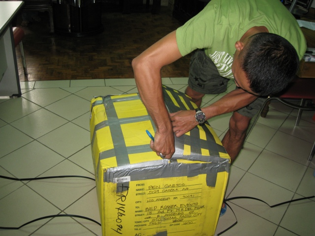 Balikbayan Box From Ben Gaetos