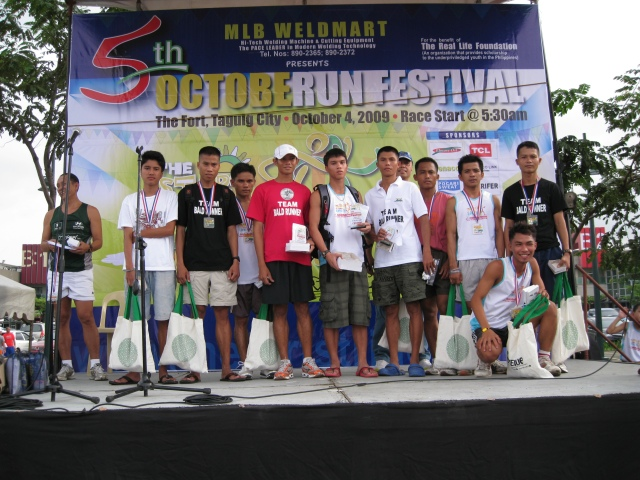 Podium Finish For Elite Team Bald Runner