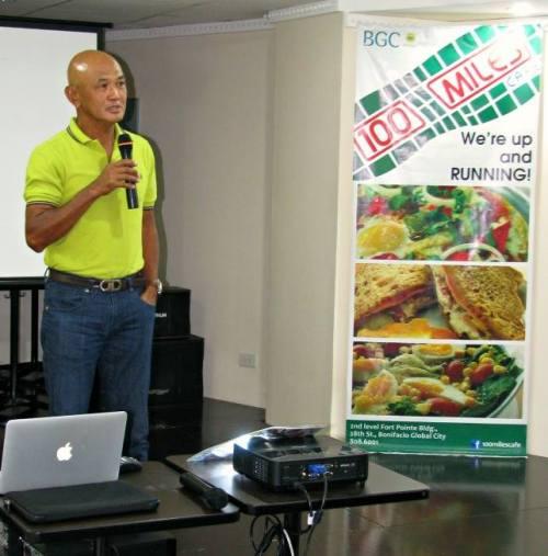 Lecture On Ultra Marathon (Photo Courtesy of Jonel Mendoza)