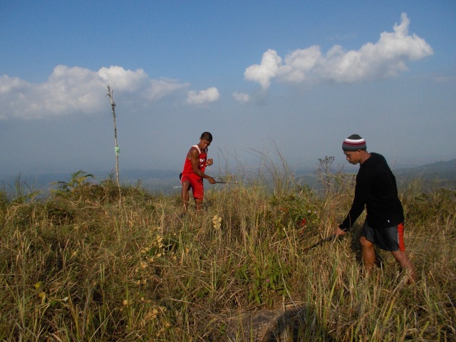 Cleaning The Peak & Exposing The Rocks
