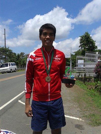 Overall Champion Alfred Delos Reyes