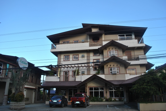Candon Hotel Along The National Highway