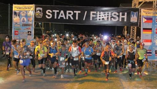 CM50 & CM60K Start @ 1:00 AM of Sunday November 23, 2014 (Photo Courtesy Of AVAquino Photography)