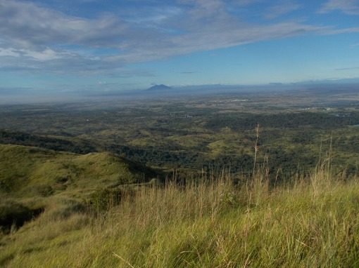 Nice View of Mt Arayat & Central Plains Of Luzon