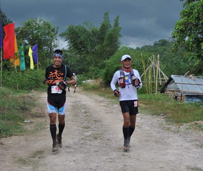 Pacing Each Other In A Trail Running Event
